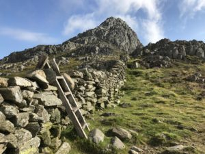 stony wall next to Tryfan