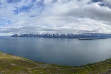 ascending towards Sauðaneshnjúkar